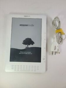 Amazon Kindle DX (2nd Generation) D00801 4GB, 3G (Unlocked), 9.7in - White