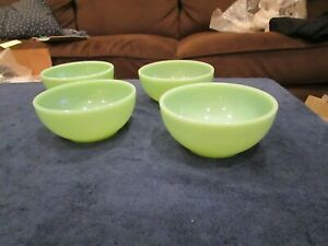 Vintage Lot of 4 Fire King Cereal Chili Soup Bowl Bowls Jadeite 5 inch