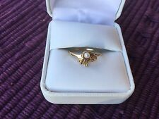 BLACK HILLS Gold Tri-Color With PEARL Ladies 10k RING 12k Leaves Size 6.75