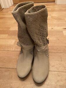 Zara  Girls Nubuck Leather Beige Calf Boots Size EUR 38