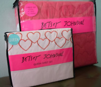 Betsey Johnson Queen Sheet and Quilt Set, Shams, Sheets, and Pillow Cases