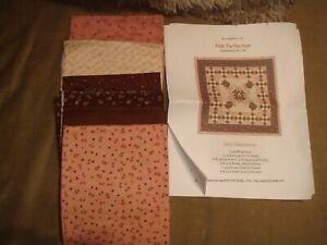 """Pink Perfection Applique Quilt Kit 33x33"""""""