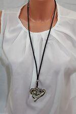 Modeschmuck-Halsketten aus Leder mit Herz-Schliffform