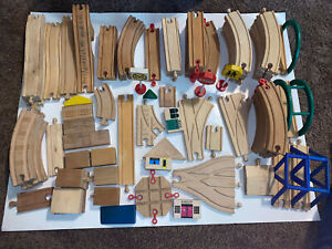 Lot of 85 Pcs Wooden Thomas the Tank Engine Wood Track Brio Train Bridge Split +