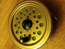 Shakespeare Early 2532 model  Fly Reel ( metal not graphite ) w/ Fly Line