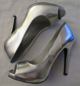 NEW Charlotte Russe Peep Toes Platform Silver High Heel Shoes 8