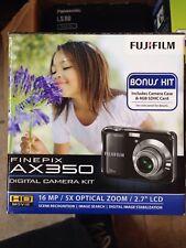 Fujifilm Finepix AX350 16 MP Digital camera bonus kit - Brand new