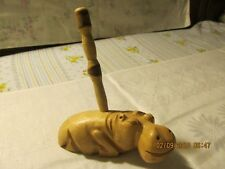 NEW ZIMBABWE  HIPPO PEN HOLDER LIGHT WOOD COLLECTIBLE BOUGHT IN AUSTRALIA 1999