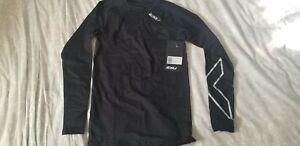2XU Men's Long Sleeve Compression Top Medium Black / Silver