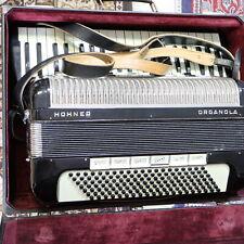 hochwertiges Hohner Organola Profi Akkordeon spielbereit im Koffer