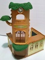 Calico Critters Pretend Play Country Tree School   2 Parts