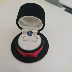 Beautiful Tanzanite solitaire ring in Sterling Silver