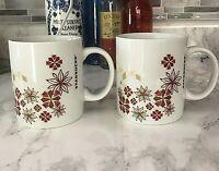 Starbucks Holiday Poinsettia Flower Mug Set of  2 Christmas Coffee 12 Oz EUC