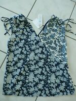 NEW Skies Are Blue Stitch Fix Women's Medium Navy Floral Blouse V-neck B669