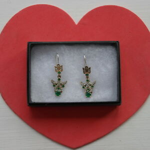 Beautiful 925 Silver Earrings With Emerald And Topaz Gems 3.7 Gr. 4 Cm. Long