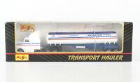 MAISTO 1:87 Transport Hauler US Truck Tank-Sattelzug American Airlines, OVP