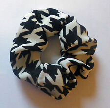 CUTE VINTAGE 70s HOUNDSTOOTH CHECK FABRIC HANDMADE ELASTIC SCRUNCHIES LARGE E40