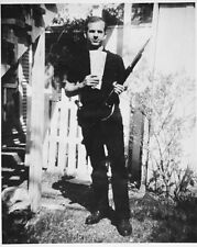 "Lee Harvey Oswald 10"" x 8"" Photograph 2"