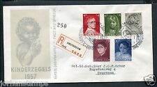 FDC E33 - E 33, Kinderzegels 1957, met getypt adres en R-strook Amsterdam