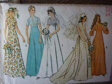 VINTAGE 1970'S SHAPED BODICE WEDDING DRESS DETACHABLE TRAIN SEWING DRESSMAKING P