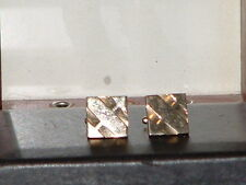 Men's Retro Square 3-D Etched Design Pre-Owned Gold Tone Cufflinks