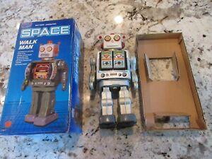 Space Walk Man Robot w/ Original Box WORKS GREAT, walks, gun shoots, spins