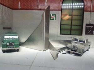 Land Rover Series 1 80 86 88 107 109 Rear Body Corner Stiffener Bracket Tub x2