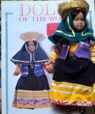 DOLLS OF THE WORLD-PORCELAIN-  IN TRADITIONAL DRESS  OF PERU