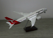 QANTAS DREAMLINER 787 LED CABIN LIGHTS & WHEELS  STAND 45cm RESIN RECHARGEABLE