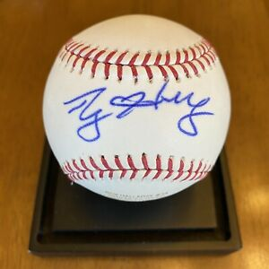 Roy Halladay Signed Autographed Major League Baseball Engraved Stats Phillies