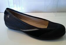 New Freestep black leather pumps size 4