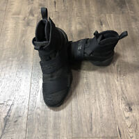 NIKE Lebron Soldier 10 'Black Space' Men's Size 8.5 Basketball Shoes 844374-001