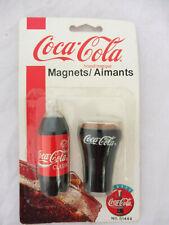COCA COLA®  2 MAGNETS BOUTEILLE ET VERRE 7.5 cm  1995 SOUS BLISTER