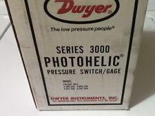 DWYER MODEL 3010 PHOTOHELIC PRESSURE SWITCH GAGE