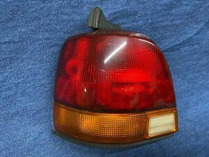 1993 1994 1995 Saturn Station Wagon LEFT Side Tail Light Lamp Assembly