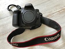 Canon EOS 70D 20.2MP Digital SLR Camera Black (Body Only) +Silicone Skin