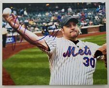 Kevin James Signed Mets First Pitch 8x10 Photo King Of Queens Mall Cop RAD