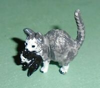 "Vintage Lead ""Cat Carrying Kitten"" Near Mint Condition Free Shipping"