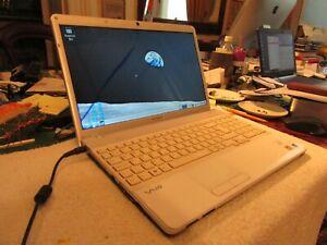 """SONY VAIO Laptop – PCG-61611M - 15.5"""" - 3 GB RAM – Linux OS"""