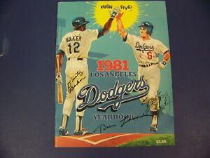 LOS ANGELES DODGERS AUTOGRAPHED 81 YEARBOOK TOMMY LASORDA, DUSTY BAKER, GARVEY