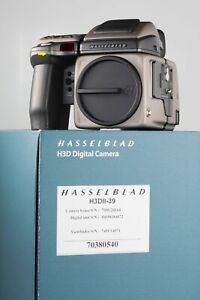 Hasselblad H3DII-39 Digital Back Body Hvd 90x low shutter  count - MINT +++++