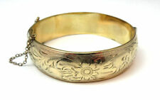 VINTAGE YELLOW GOLD FILLED FLOWER ETCHED BANGLE BRACELET MADE IN CANADA *