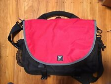 Rickshaw messenger bag Red Chrome Shoulder bag