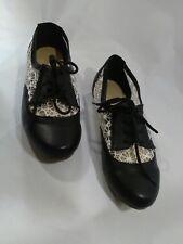 EUC Ollio Women Shoe Classic Lace Up Dress Low Flat Heel Oxford US 7.5 Blac/Wht