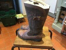 Ugg Boots Girls Size Uk 2 Used But Still Very Useable
