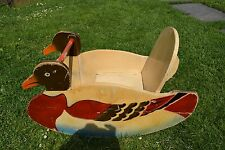 ** Alte Kinderwippe , Wippe , Ente , Schaukel (189-17)