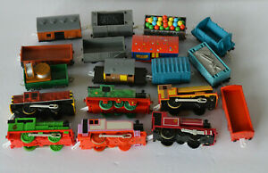 Thomas The Train Motorized Engines & Cars Huge Lot AS IS NOT TESTED