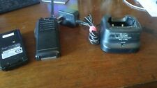 1 Icom Ic F11 Two Way Radio Withcharger Bc 146 Battery Antennatransformer Cord