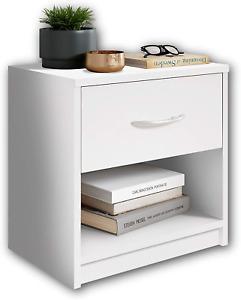 Comodino in legno color bianco con cassetto, Elegante arredo per la camera letto