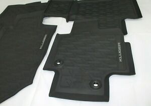 TOYOTA KLUGER RUBBER FLOOR MATS FRONT AND REAR SET FROM MARCH 2021 NEW GENUINE